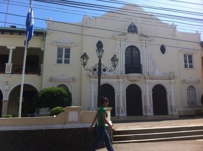 Leon, Altertümliche Kirche - Auslandsimmobilien zum Kauf oder zur Miete